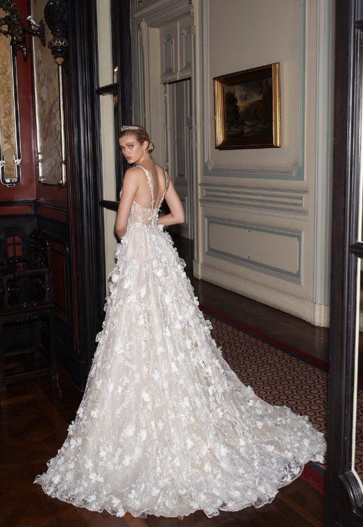 Выбираем свадебные платья в салоне Blanche Moscow