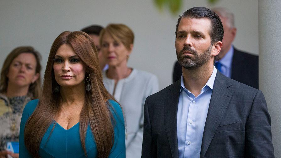 Американский телеканал Fox News заплатил $4 млн помощнику экс-ведущей канала Кимберли Гилфойл, подруги сына президента США Дональда Трампа-младшего, чтобы тот молчал о сексуальных домогательствах девушки в свой адрес