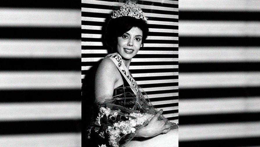 Первая «Мисс мира» из Аргентины Норма Компальо погибла после того, как ее задавил автобус, передает La Nacion со ссылкой на племянницу женщины Карлу Компальо.