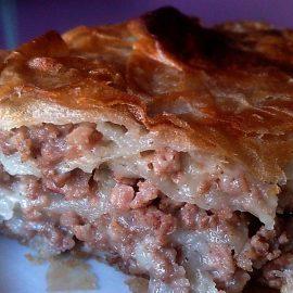 пирог-с-мясом-на-кефире