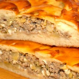 пирог-с-мясом-и-капустой