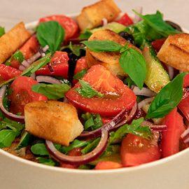 Салат-из-свежих-овощей