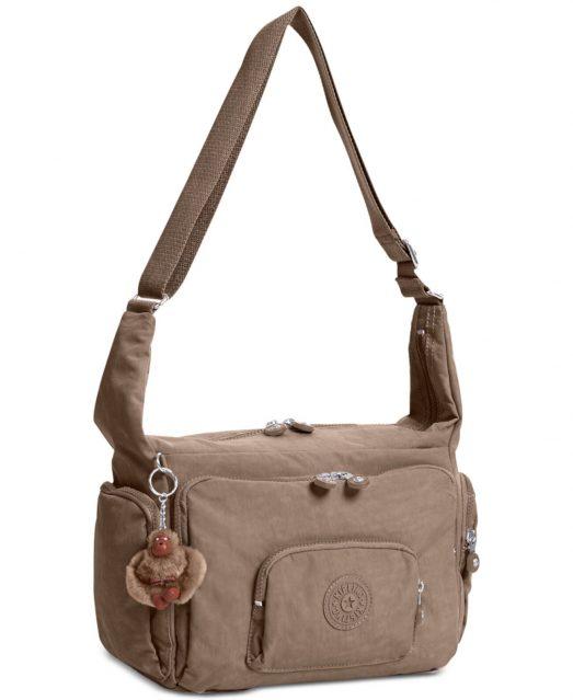 Как выбрать мужскую сумку через плечо?