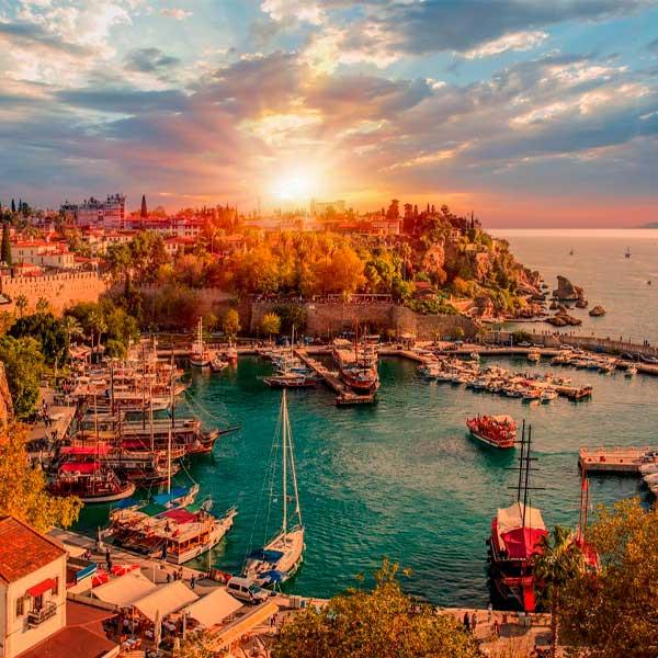 В Турции дефицит мест
