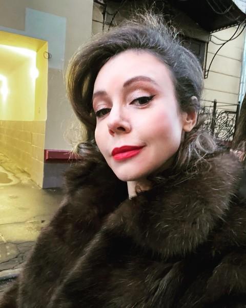 Фото №2 - «Полумертвая героиня»: Юлия Снигирь мужествено ответила на критику своей актерской игры